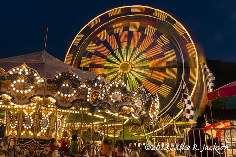Ferris Wheel in Motion