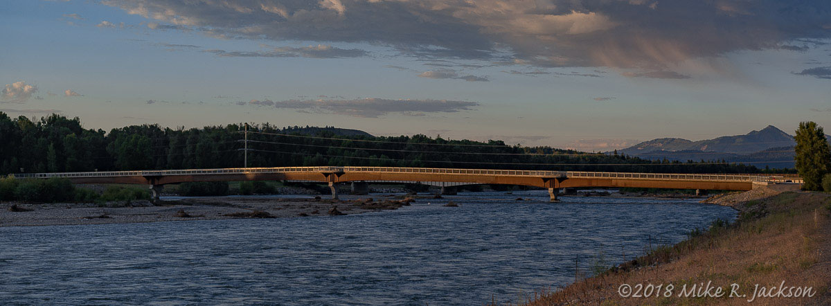 Snake River and Pedestrian Bridge
